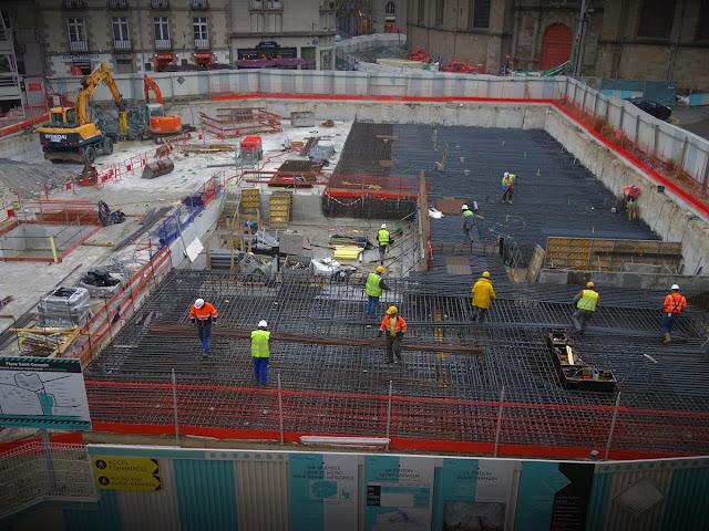 La construction de la dalle principale sur le chantier du métro de la ligne B de la Place Saint-Germain - 07 juillet 2015