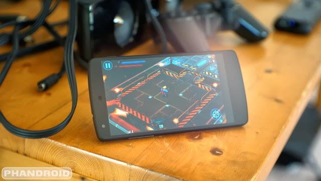 les 5 meilleurs smartphones android de 2013 tout sur android. Black Bedroom Furniture Sets. Home Design Ideas