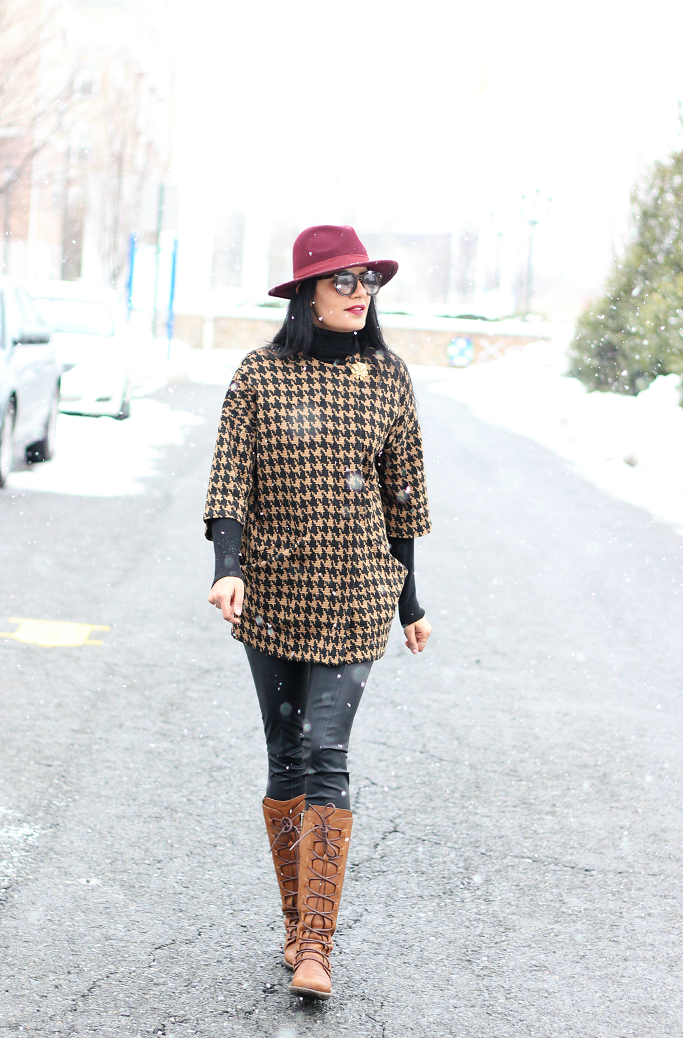 Forever 21 HOundstooth Coat, Houndstooth Jacket, Brown Houndstooth Coat, Burgundy Wool Fedora, Tall Lace Up Boots, Born Boots