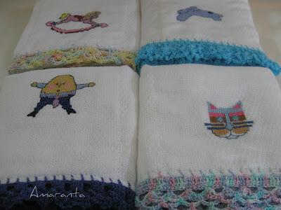 Pañitos bordados y tejidos