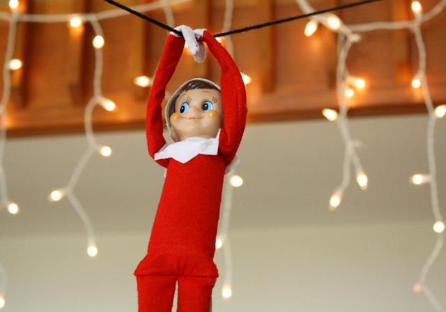 http://www.rachelswartley.com/2012/12/18/a-week-of-elf-on-the-shelf-antics/