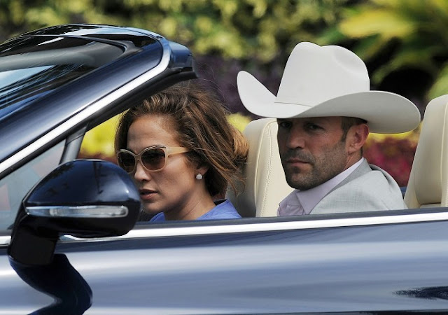 http://1.bp.blogspot.com/-mvz23A-xpNQ/UGpwam5ePYI/AAAAAAAAEKE/H9t42AmexYI/s640/Jennifer+Lopez+and+Jason+Statham+are+sighted+on+the+set+of+Parker-bf9c02ee8a5c1be64b7f7f39be6b7bf9.jpg