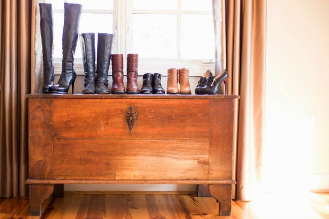 Arden Ward Upton, Boot collection