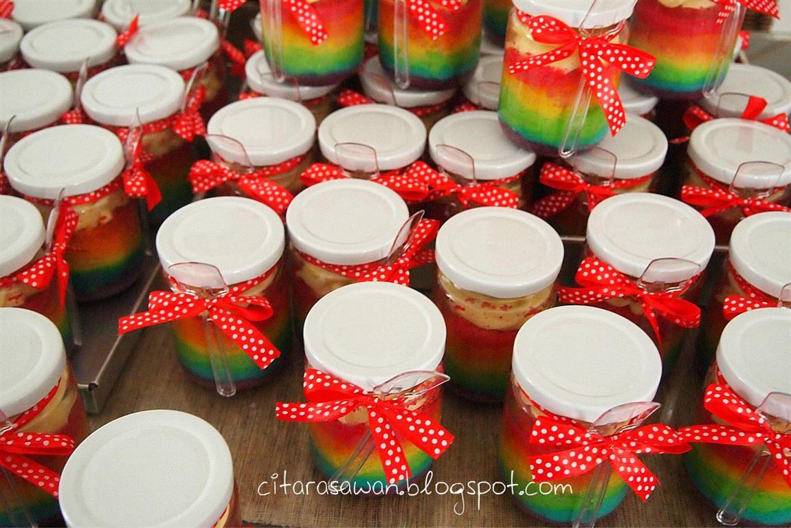 Tempahan Rainbow Cake in Jar TQVM Hidayah :D