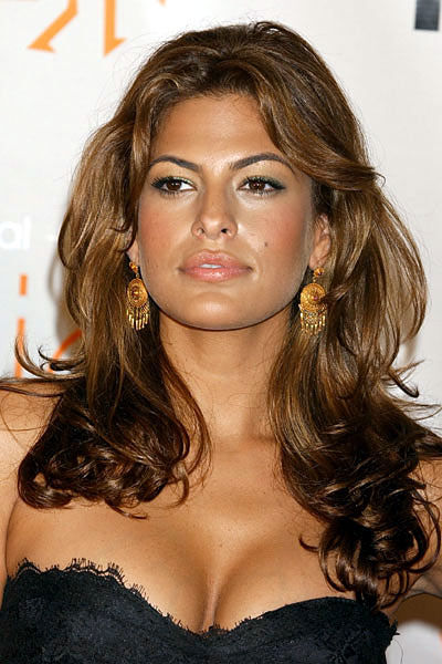 Eva Mendes is one hot bitch. Not to mention her bangin body.