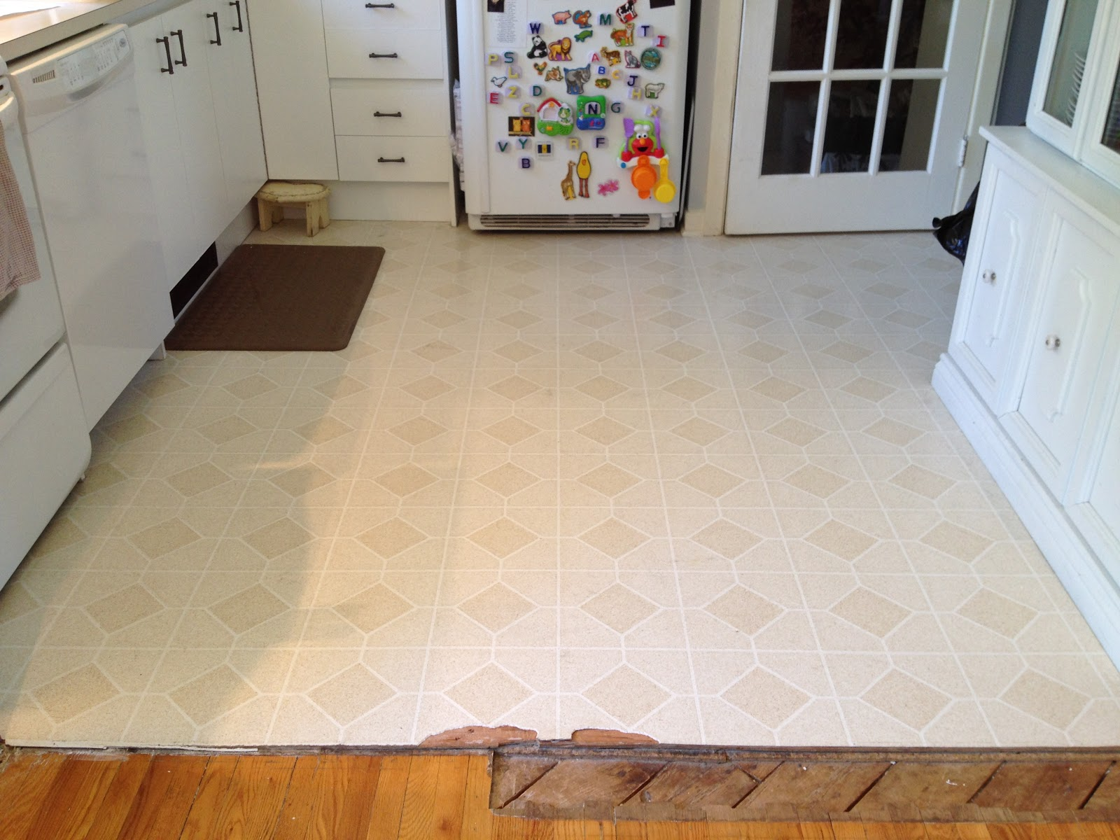 Old linoleum flooring alyssamyers for Lino flooring