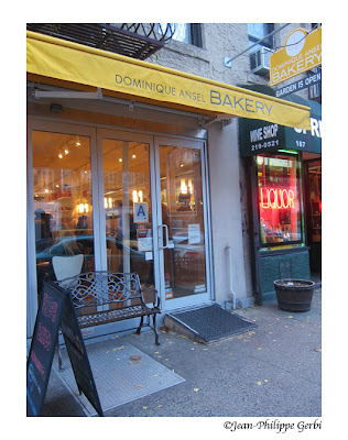 Image of the Entrance of Dominique Ansel Bakery in Soho, NYC, New York