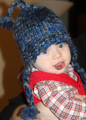 Chunky ear flap hat for baby free knitting pattern