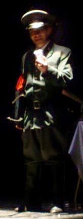 Julio Clemente Lourtau interpretan el  «Todesfuge». de Paul Celan. Reestreno de GUANTES DE PIEL HUMANA (2009), de Carlos Morales y Julio Clemente Lourtau; escrita y representada por primera vez en 1978, es la primera obra de teatro en Español de todas las escritas hasta la fecha en torno al Holocausto.