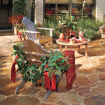 inspired nesting: Holiday Bug
