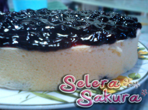 Light Blueberry Cheesecake...Semakin Minat Baking