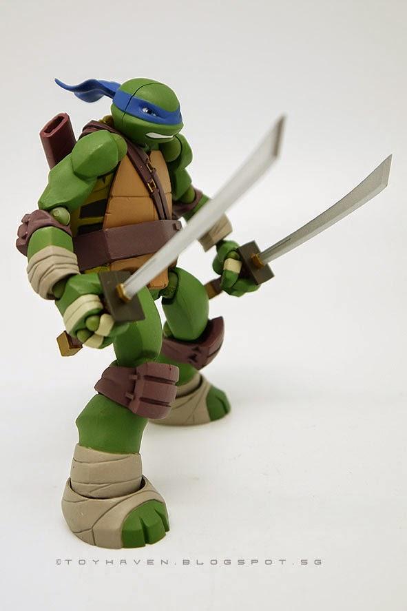 Leonardo Nickelodeon Teenage Mutant Ninja Turtles action figure Teenage Mutant Ninja Turtles 2013