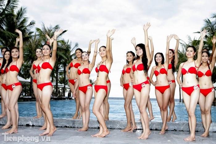 Hoa Hậu Việt Nam mặc bikini tỏa sắc bên bể bơi 1
