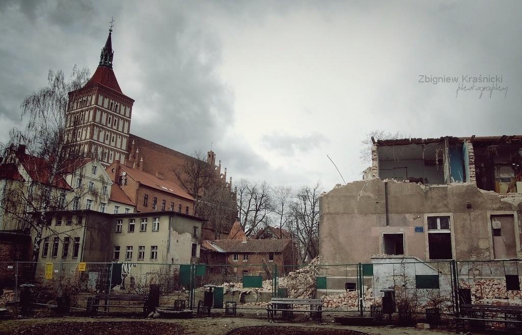 Opuszczone: kamienica przy Pieniężnego i Tartak Raphaelsohnów w Olsztynie