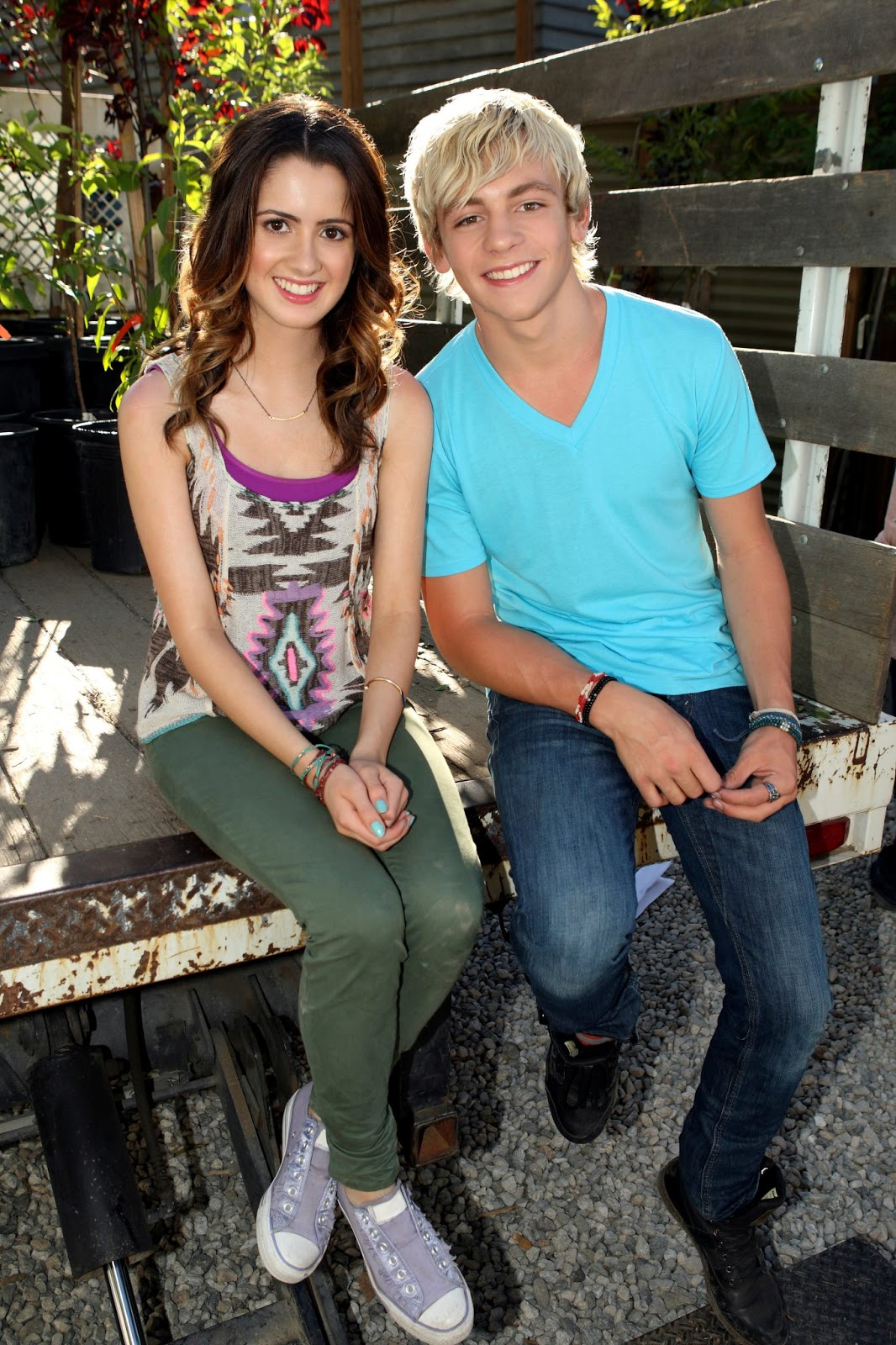 Ross Lynch And Laura Marano Friends For Change Austin y ally (ross y