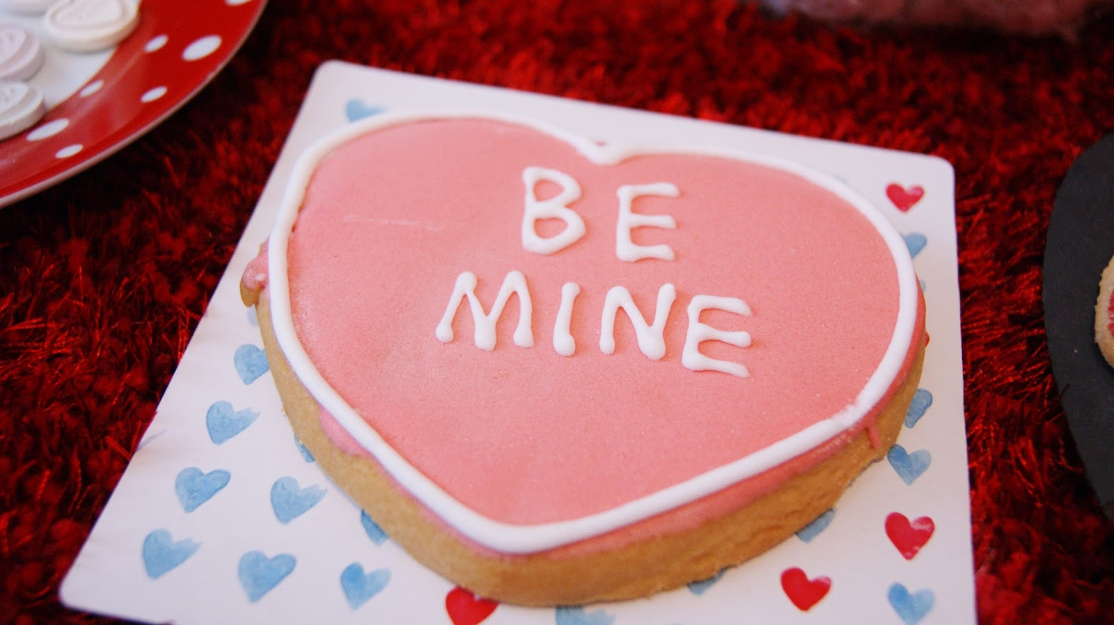 Be Mine Iced Heart Cookie