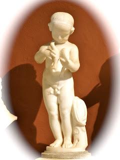 Escultura niño romano Castell de Bellver