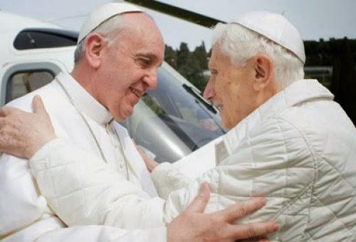 O Papa Francisco é um fenômeno!, afirma Bento XVI.