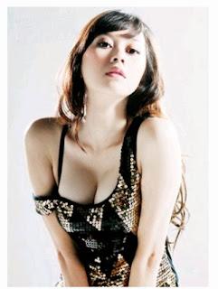 19+ Foto Payudara Besar Aktris Indonesia
