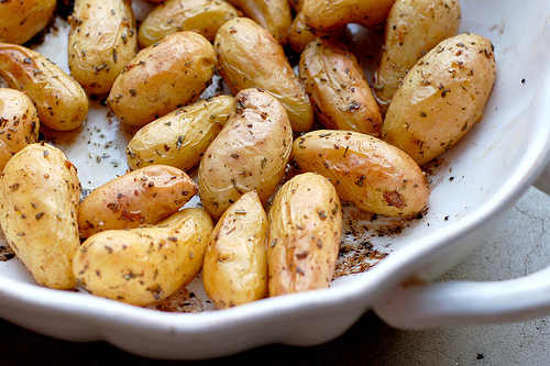 Balsamic And Rosemary Glazed Fingerling Potatoes Recipes — Dishmaps