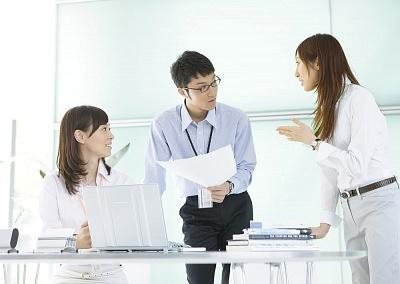 Làm sao giao tiếp tốt nơi công sở ?