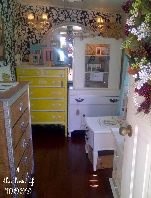 4 the love of wood showroom to bedroom room makeover - Hoo showroom ...