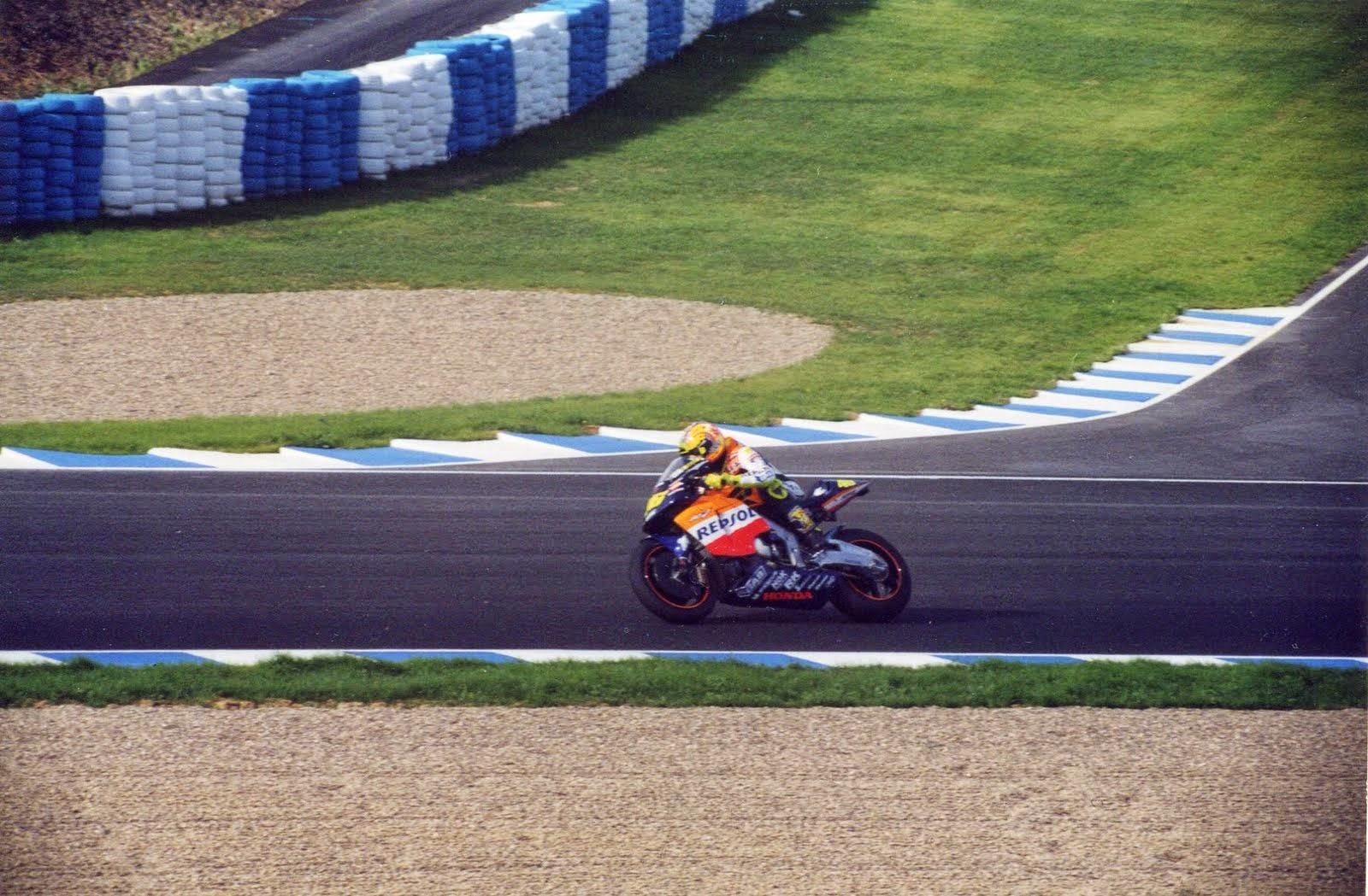 victoria de Valentino Rossi en Jerez 2002