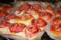 Raspberry Sweet Rolls by Shirley's Homemades