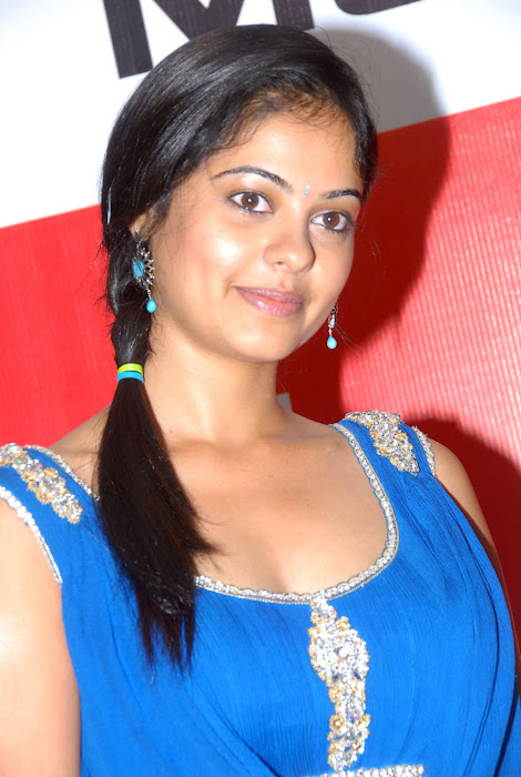 bindhu madhavi at celkon mobile successmeet, bindhu madhavi