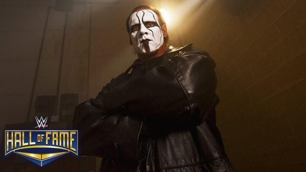 WWE announced on this Monday that Sting will be inducted into the WWE Hall of Fame on the eve of Wrestlemania 32.