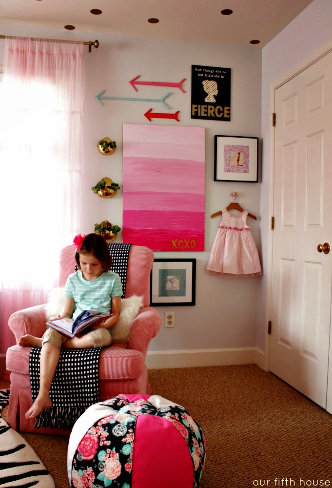 little girl's room - gallery wall