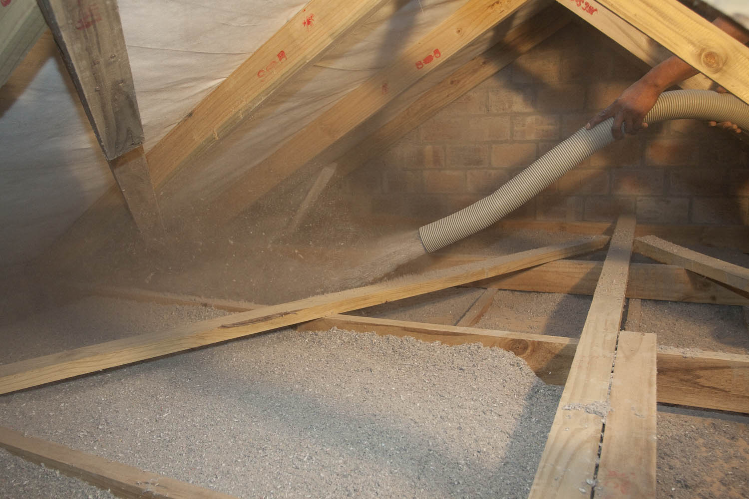 Green eco friendly thermal and acoustic roof insulation in for Eco friendly house insulation