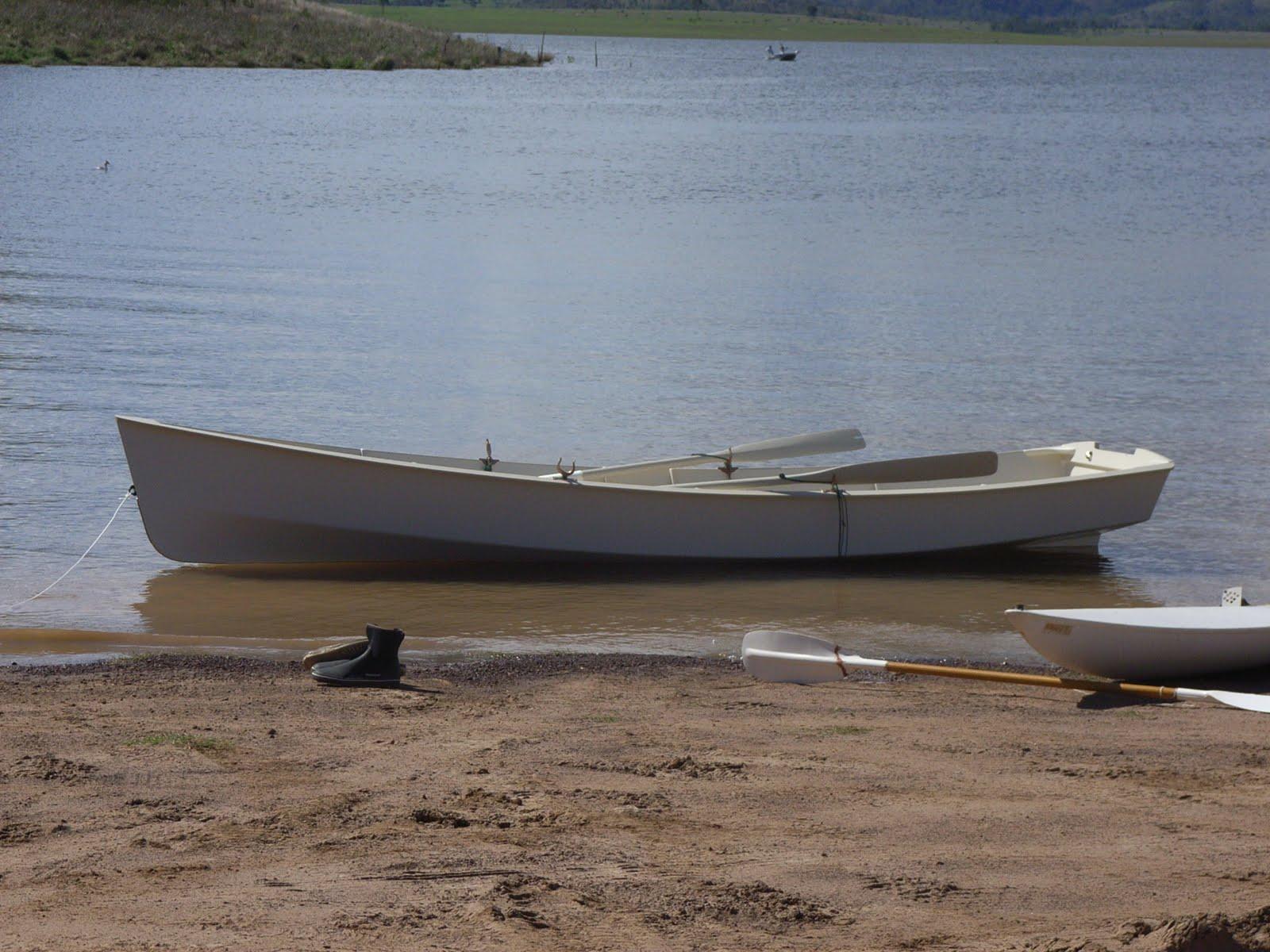 Ross Lillistone Wooden Boats: Fleet - a Planing-Hull ...