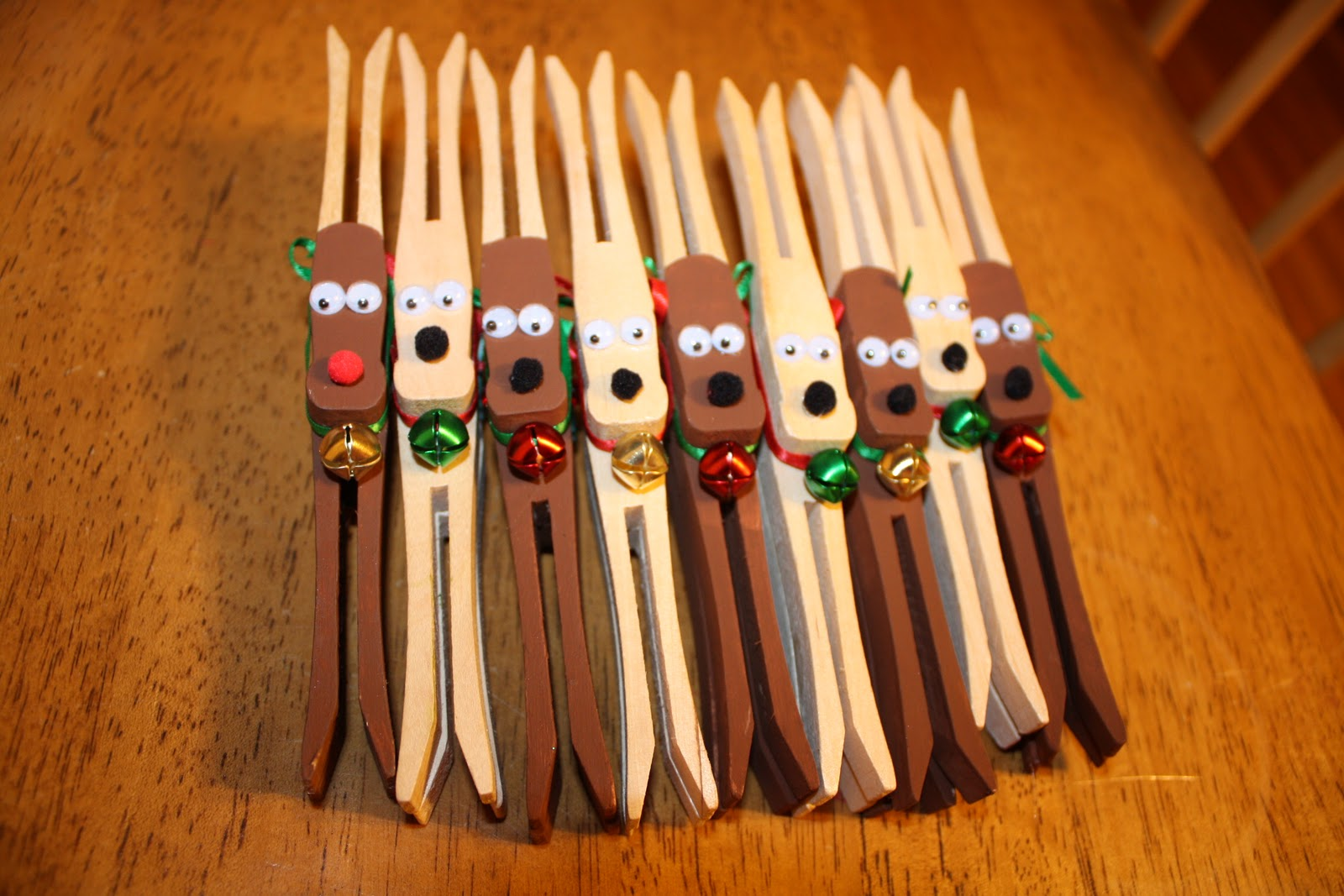 Clothespin Crafts Christmas Part - 32: Get Crafty: Clothespin Reindeer Ornaments