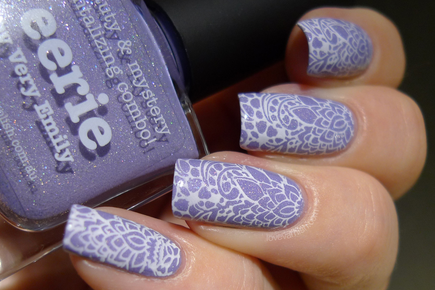piCture pOlish Eerie nail art stamping