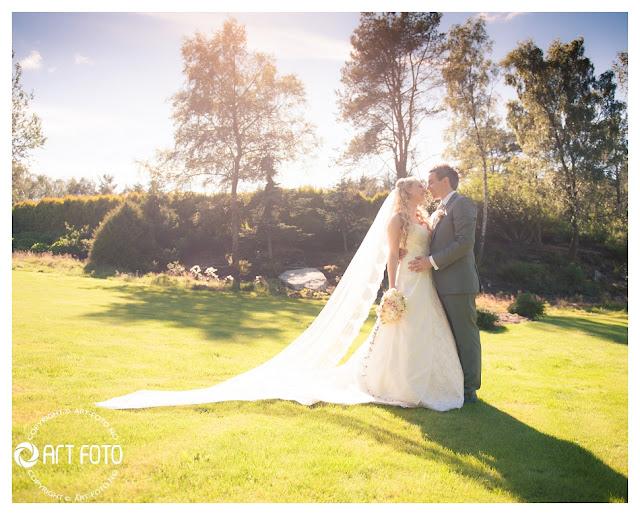 2012 08 14 002 - bryllupsbilder i drømmehagen!