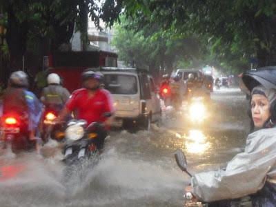 motor vs rain