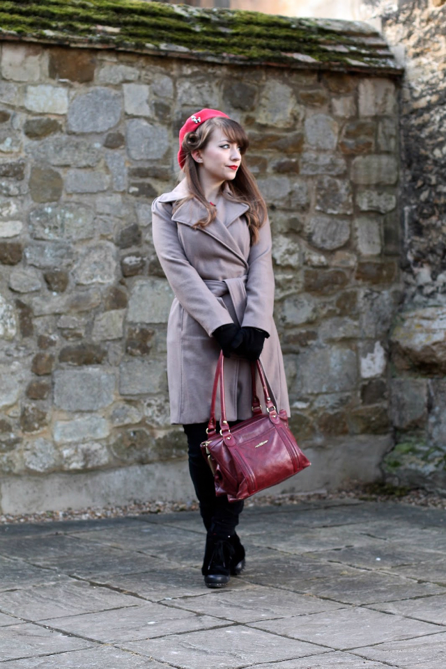 40s style winter coat outfit with beret