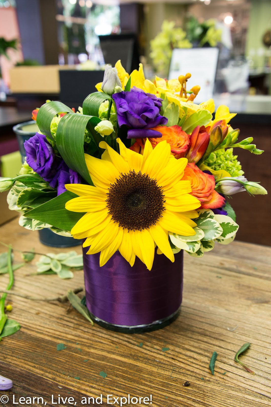 A Day of Flowers From the Wholesaler to a Gorgeous Arrangement Learn Liv