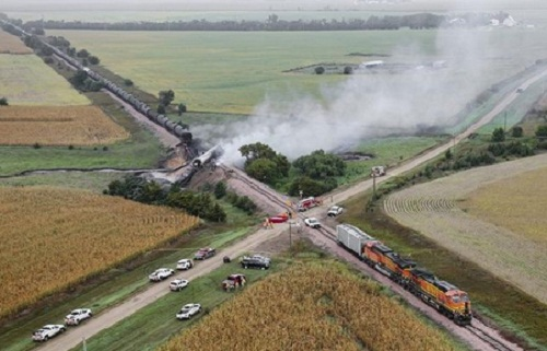 Ethanol tankers derailed in South Dakota