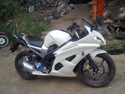 byson modif fairing putih