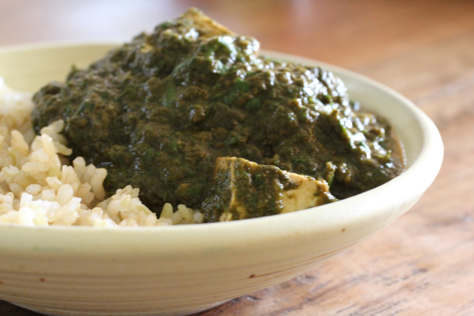 "Healthy Girl's Kitchen: Crock Pot Saag (Spinach) ""Paneer"" and H..."