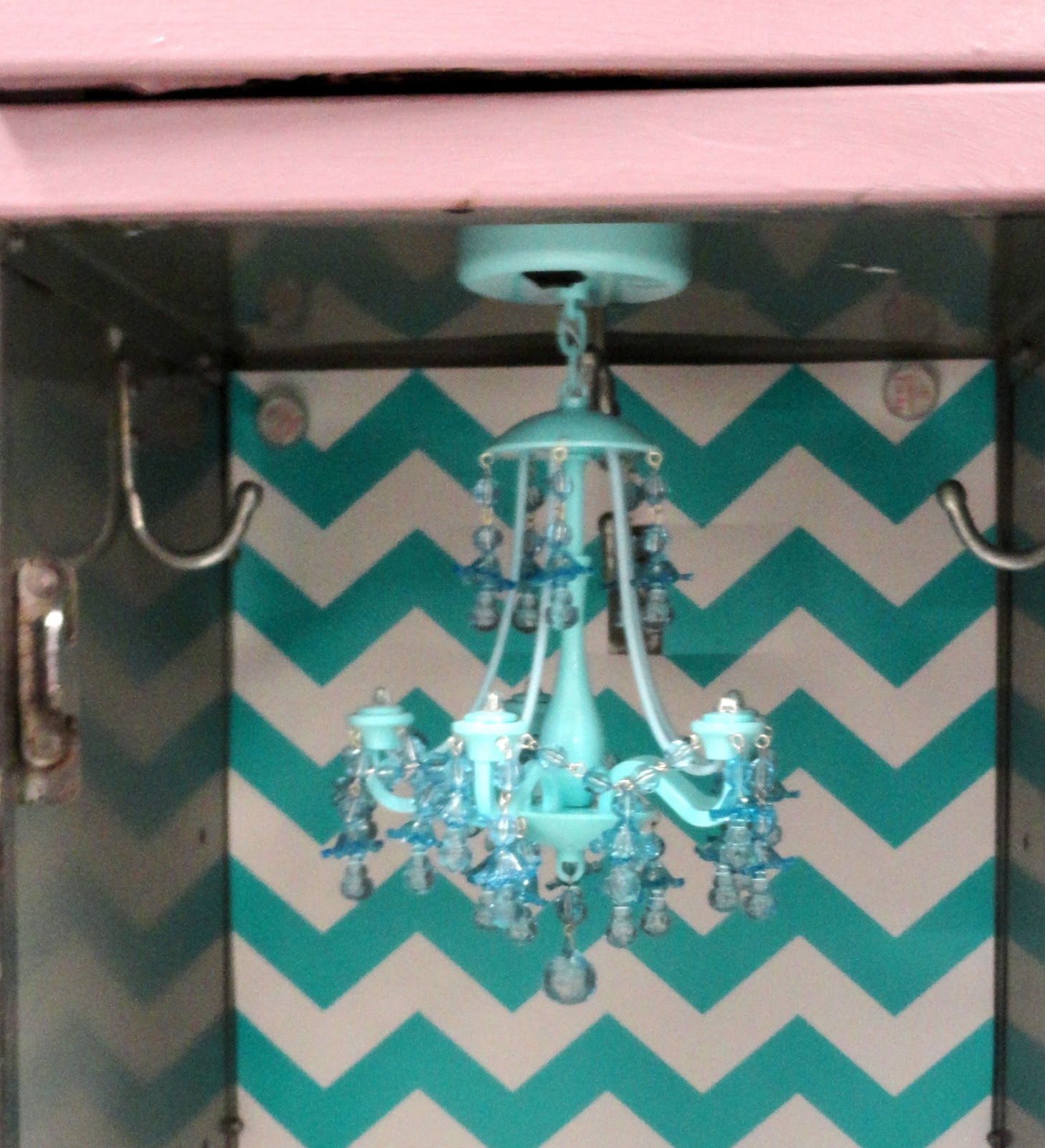 Locker chandelier at home and interior design ideas perfect and that bad boy is so strong it us not going anywhere arubaitofo Image collections