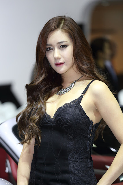 4 Kim Ha Yul - Seoul Motor Show 2013- very cute asian girl - girlcute4u.blogspot.com