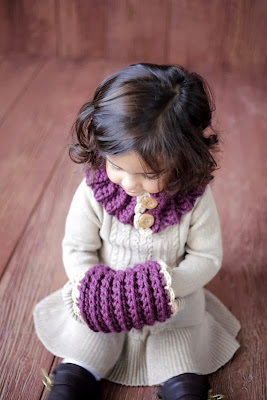 https://www.etsy.com/listing/170155515/crochet-pattern-girl-toddler-cowl-and?ref=favs_view_1