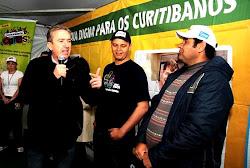 Na Vila Torres, Ducci participa do projeto Comunidade em Cores