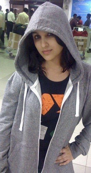 parineeti chopra hoodie pic - parineeti real life pics - parineeti chopra private