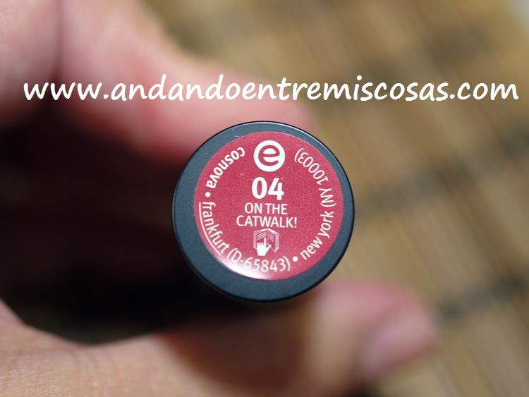 Labial Essence, 04 On the Catwalk