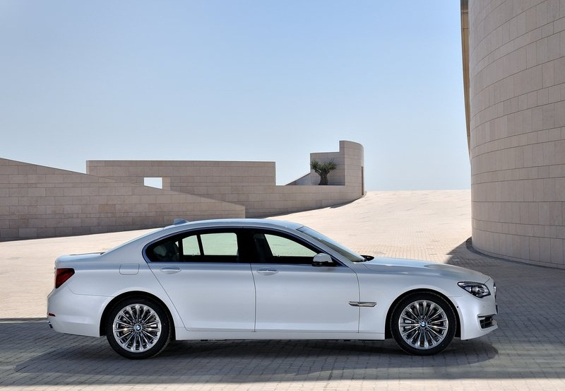 Sport Car Garage  BMW 7