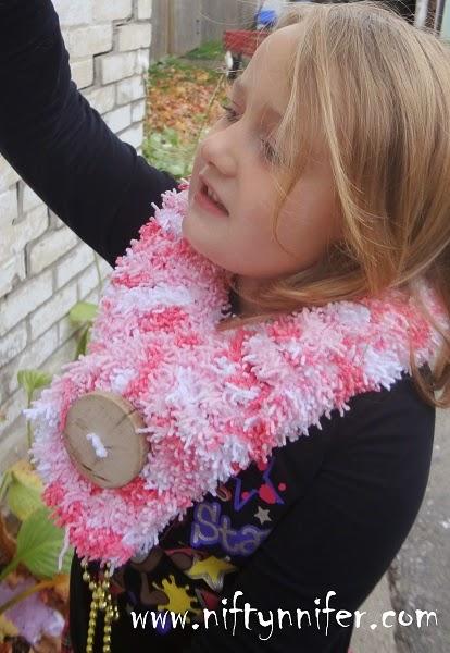 Free Crochet Pattern ~Easy Tizzy Scarf http://www.niftynnifer.com/2014/10/free-crochet-pattern-easy-tizzy-scarf.html #Crochet #Crochetscarf